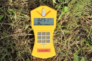10 Best Geiger Counters [ 2021 ]